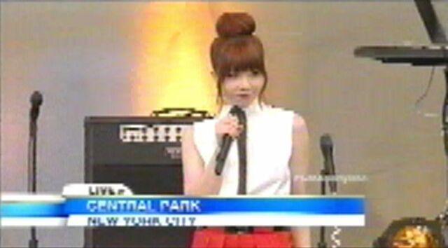 File:Carly on GMA.JPG
