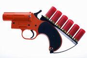 Use-flare-gun-1