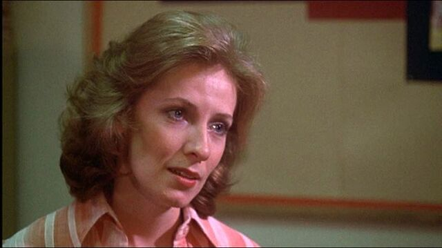 File:Carrie Betty Buckley 1976.jpg