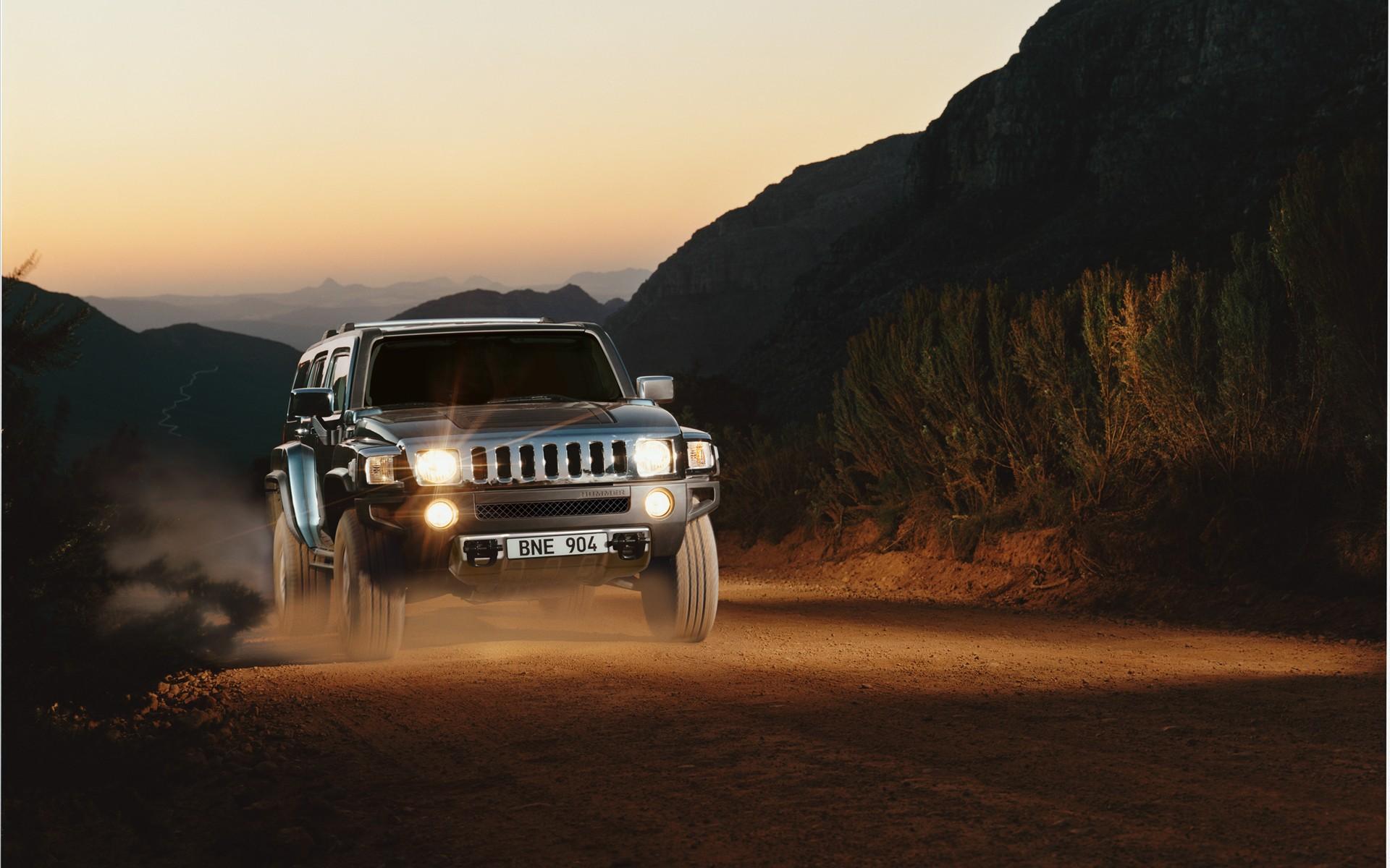 New-fuels-New-Models-for-HUMMER-widescreen-08