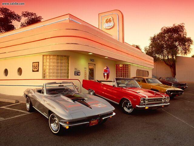 File:67 Corvette 427 67 Plymouth Belvedere 71 Plymouth Roadrunner 65 Pontiac GTO-1-.jpg