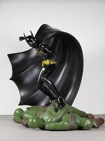 DC-Direct-Batgirl-statue-1