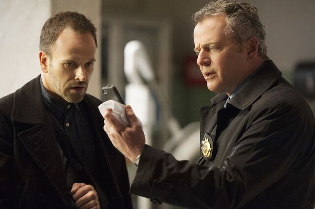 File:003 Heroine episode still of Sherlock Holmes and Tommy Gregson.jpg