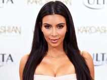 Kim-kardashian-has-fixed-that-viral-instagram-post-that-the-fda-demanded-she-take-down