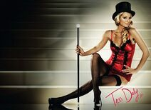 Tess Daly tophatmagicstick-sig