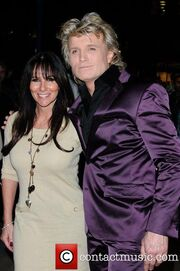 Linda-lusardi-and-hans-klok-opening-night 5802364