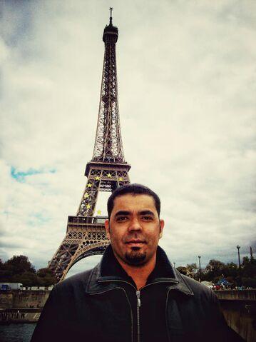 File:Torre Eiffel, Paris -Francia-~2~2.jpg