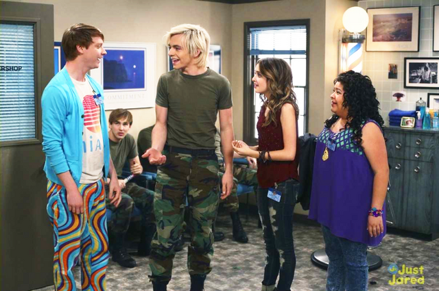 File:Austin & Ally Wiki Spotlight pic.png
