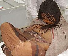 File:Llullaillaco mummies.jpg