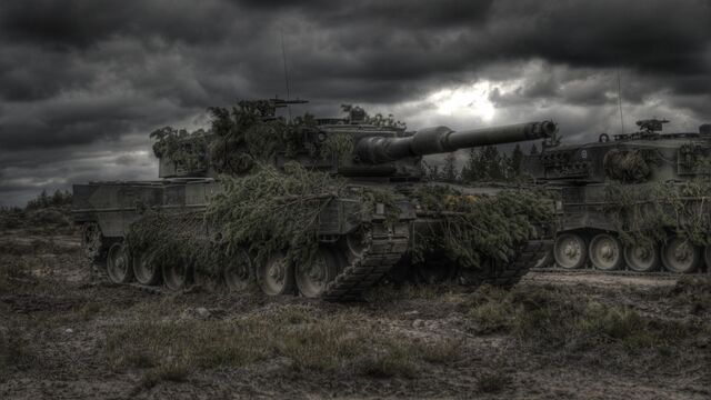 File:-camouflage-grass-leopard-2-mg3-millitary-tanks-war.jpg
