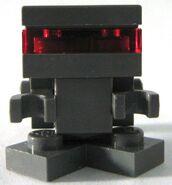 P droid (front)