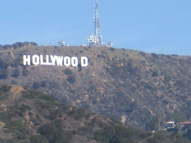 File:The hollywood sign-6726.jpg