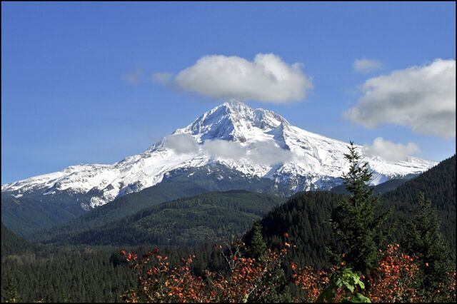 File:Top of Mt. Hood, Oregon-3600.jpg