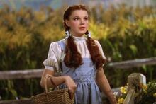 Judy-Garland-as-Dorothy