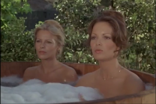 File:Angel in love hot tub.png