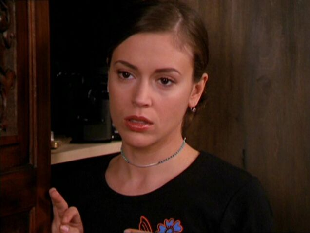 File:2x16-Phoebe.jpg