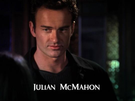 File:Julian McMahon (Season 4).jpg