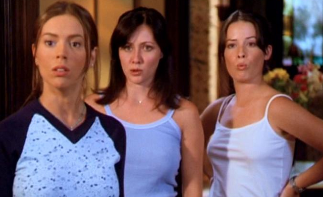 File:2x01-Sisterrrss.png