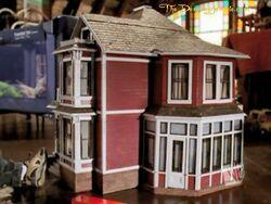 7x17-055-doll-house