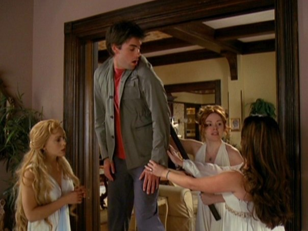 File:Chris and Charmed 5x23-5.jpg