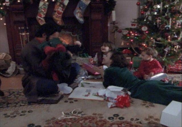 Ficheiro:Christmas.jpg