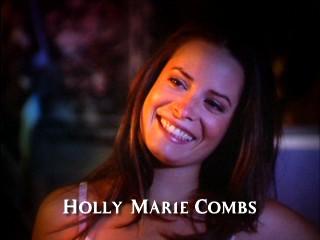 Фајл:Hollymariecombs.JPG