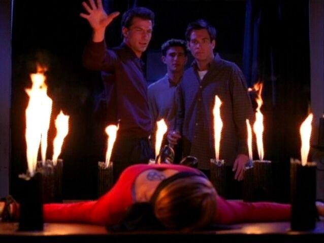 File:Charmed118 329.jpg