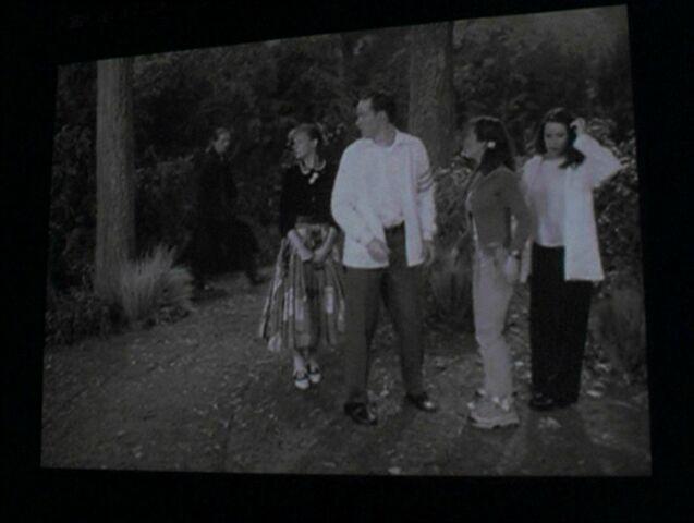 File:5insideFilm.jpg