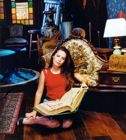 File:Holly Marie Combs (7).jpeg