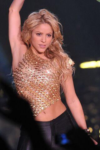 File:ShakiraTSCO-WhyWait.jpg