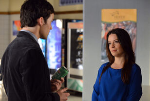 Pretty-little-liars-season-3-episode-3-ella-ezra