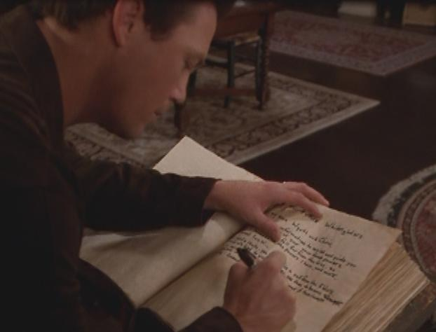 File:Leo writes tips.jpg