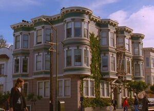 Halliwell-apartment