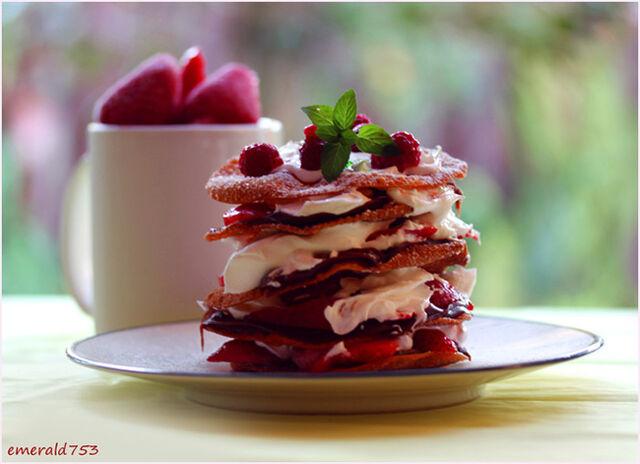 File:Delicious-Desserts-3.jpg
