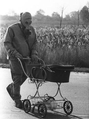 File:Chernobyl-25th-anniversary-liquidators-firefighters-baby 35069 600x450.jpg