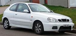 250px-1999-2002 Daewoo Lanos (T100) Sport 3-door hatchback 02