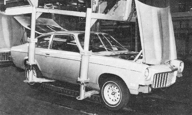 File:Factory Tour Lordstown Assembly (2)Motor Trend June 1973.jpg