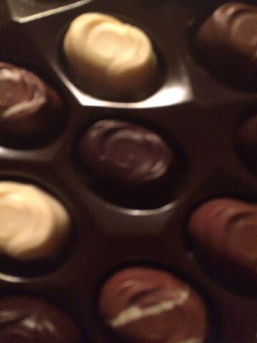 File:Godiva chocolate truffles in a heart shaped box.jpeg
