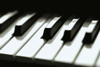 File:Piano234.jpg