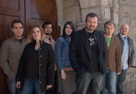 File:Casting crowns band.jpg