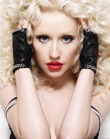 File:Christina Aguilera - Bionic promoshoot 004.jpg