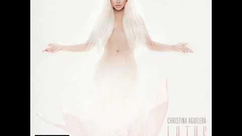 Christina Aguilera 08