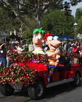 Phineas-and-Ferb-at-Disney-Parks-Christmas-Day-Parade