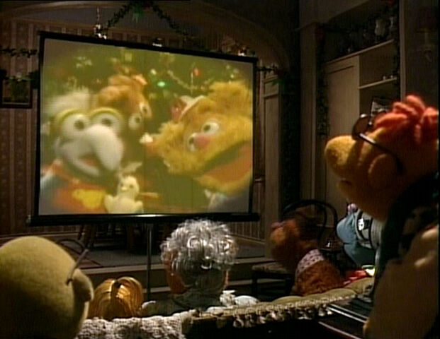 File:MuppetFamilyChristmas-MuppetBabies.jpg