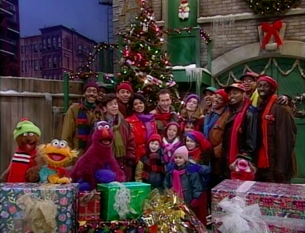 File:Elmo-saves-christmas-19.jpg