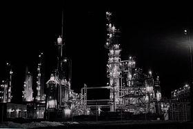 Night-refinery