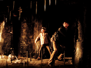 Indiana-jones-temple-of-doom-harrison-ford-spikes-caving-in-booby-trap