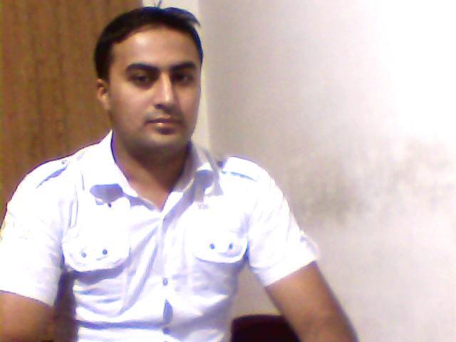 File:Dilshad Ahmad.jpg