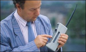 80s-brick-cell-phone