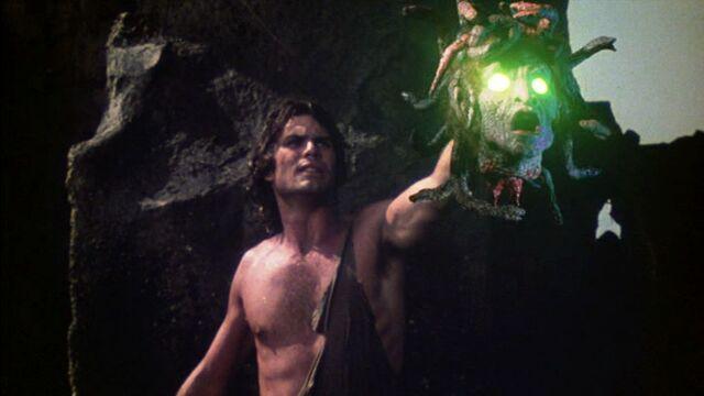 File:Perseus and Medusa's head.jpg